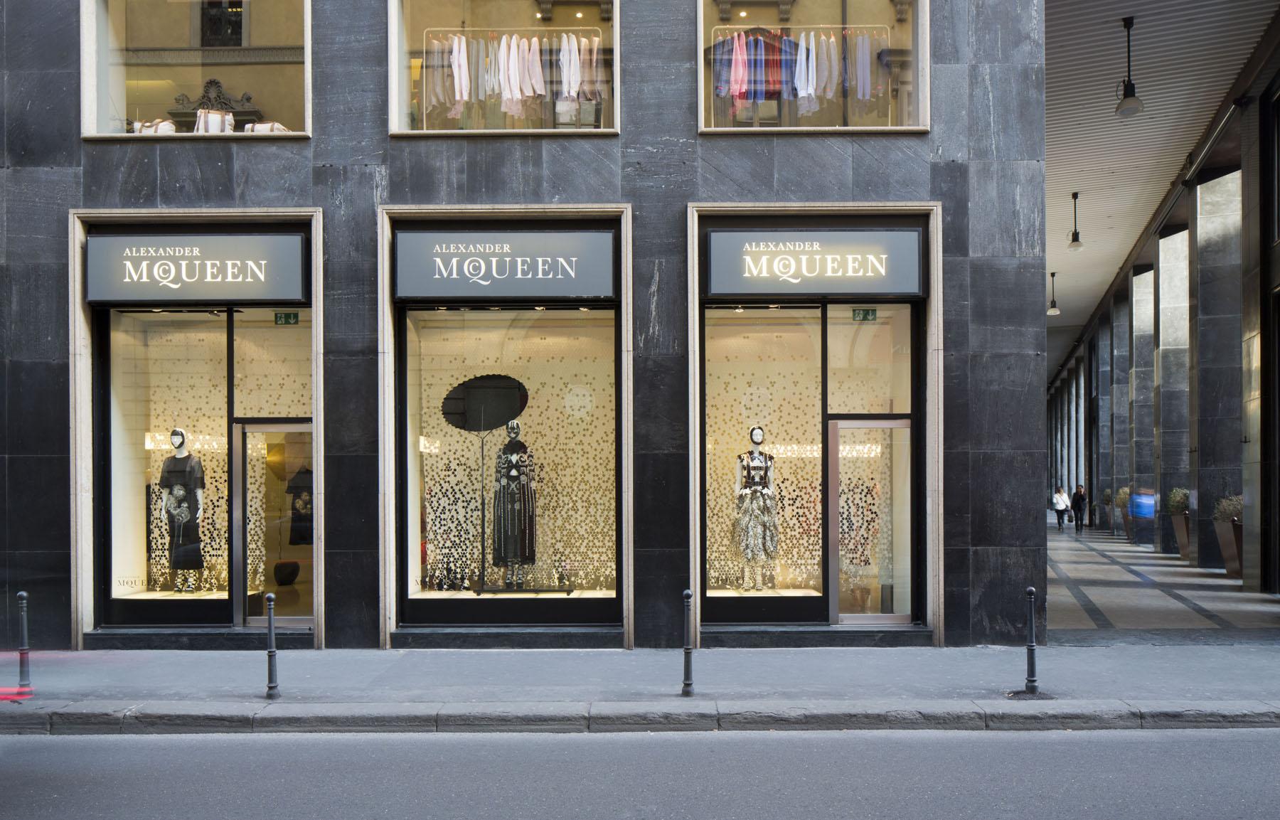 Alexander McQueen Store Milan - Fuorisalone 2015 - Chiara ...
