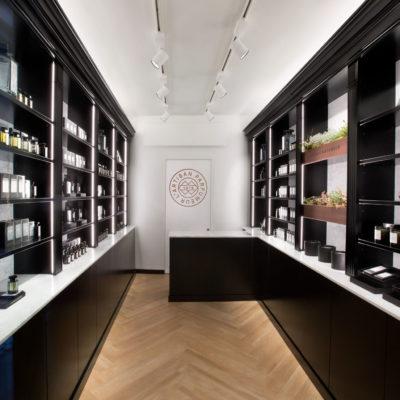 L'Artisan Parfumer via Bagutta Milano