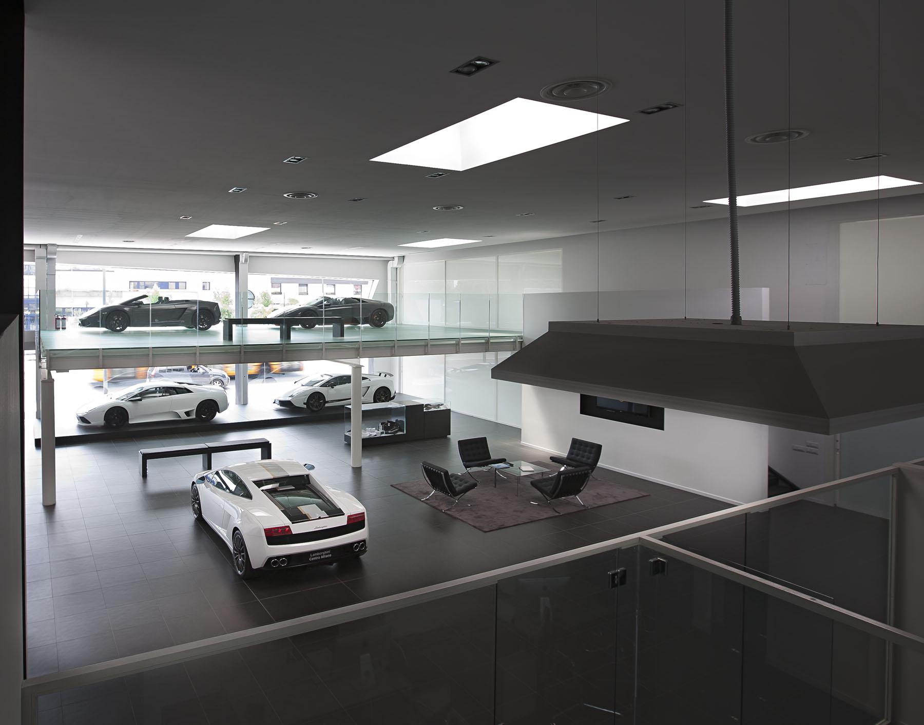 Lamborghini centro milano chiara cadeddu fotografo for Centro arredo incasso milano